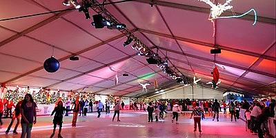 Region's Largest Indoor Ice Rink Opens Near Harmony